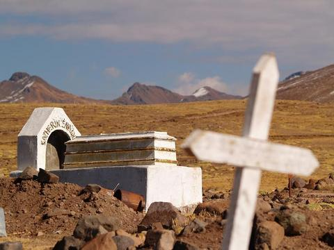 What is left of life at 5250m above sea level!